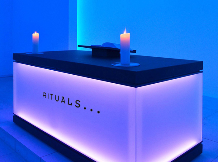 111_Turrell of Rituals-2